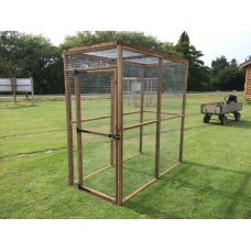 Animal Run / Pen 6ft x 3ft With Mesh Roof.