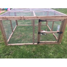 Rabbit / chicken run 3ft tall with door and mesh roof.